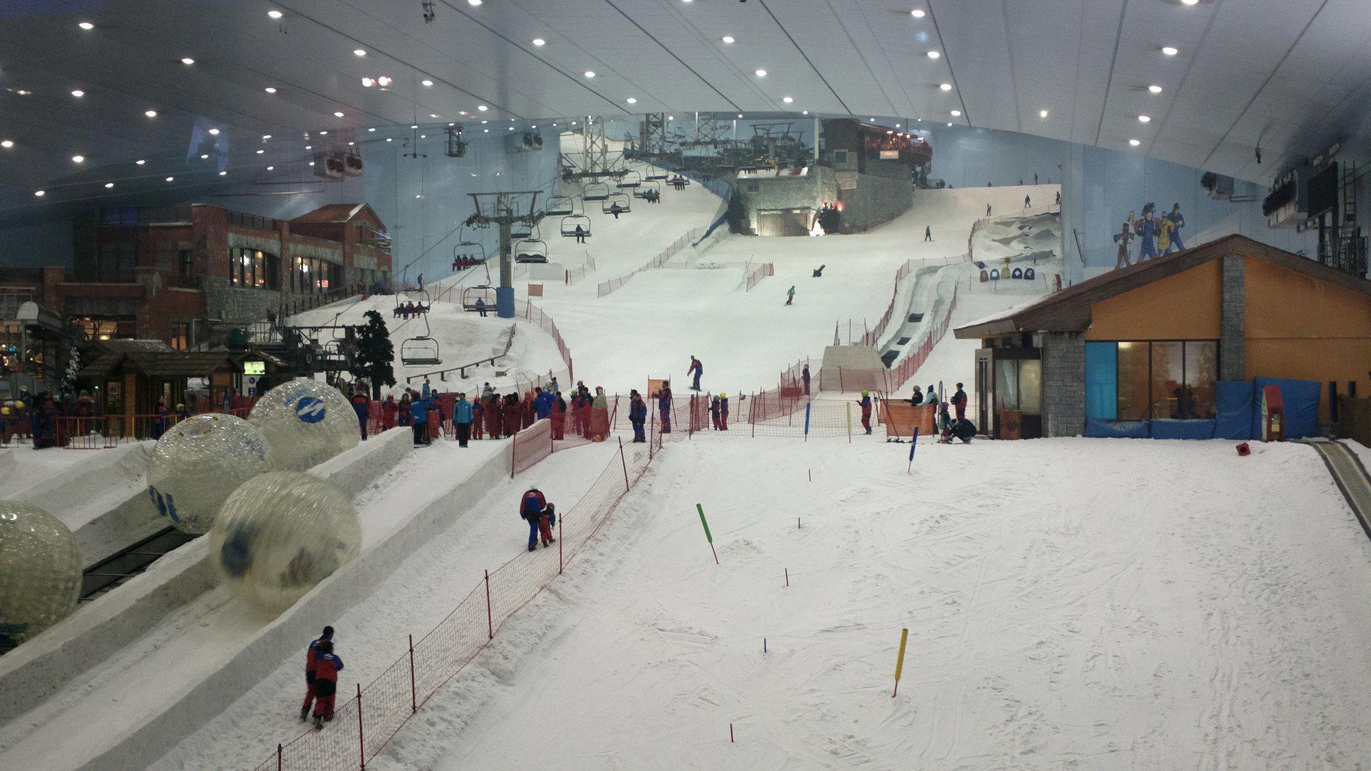 Дубай молл горнолыжный курорт отели джумейра дубай